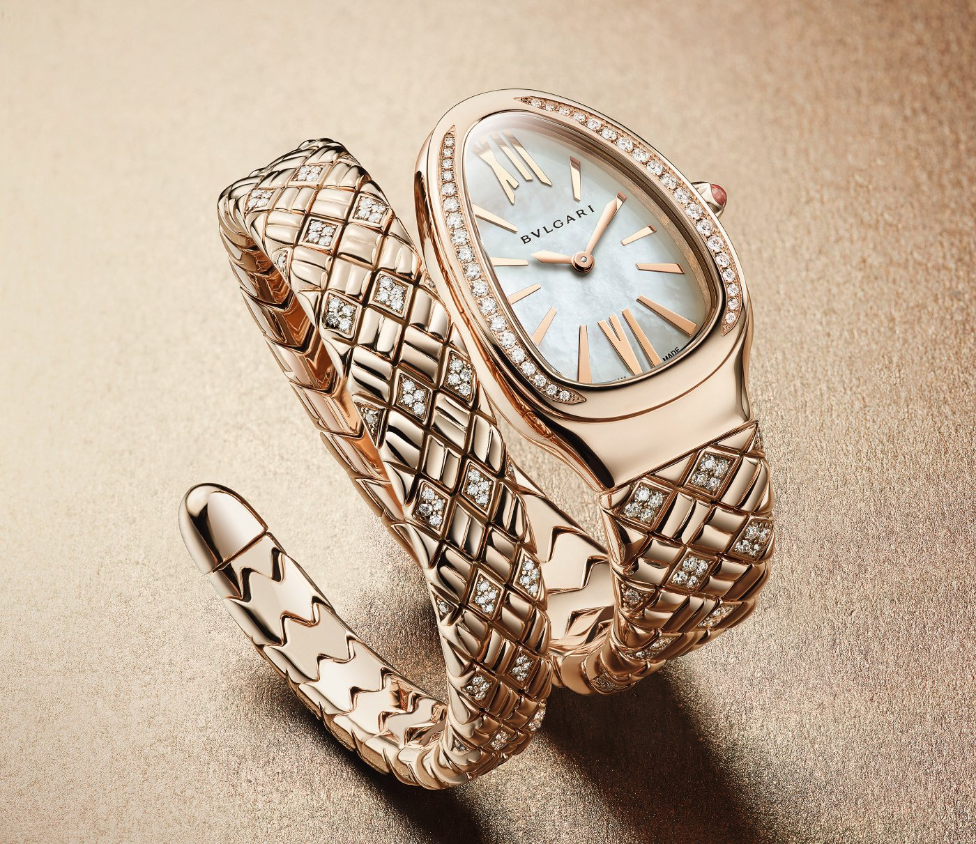 Bulgari_serpenti_spiga_gold_-_europa_star_watch_magazine_2021