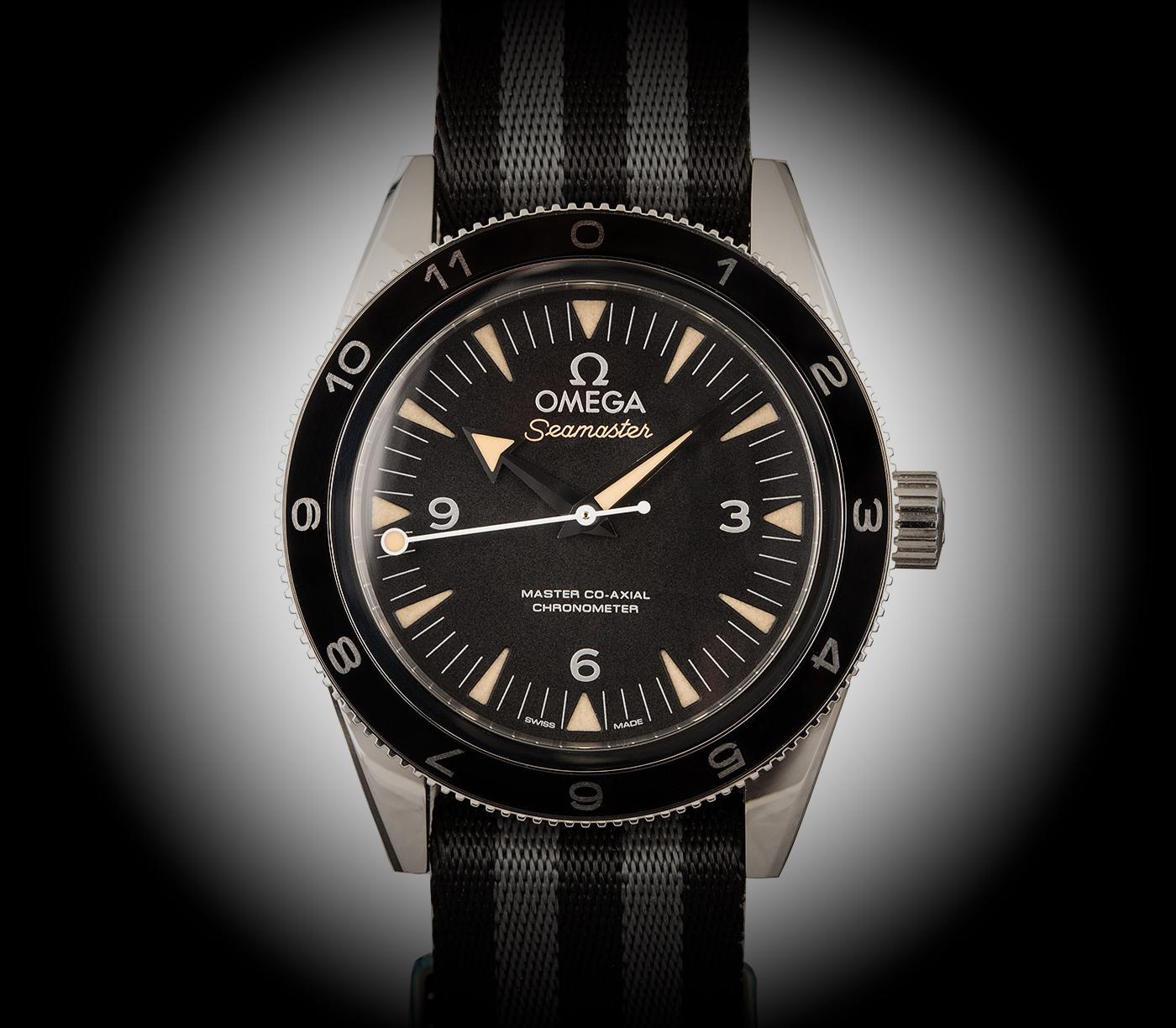 Iconic_watches_of_Hollywood_omega_seamaster_300_daniel_craig-Europa_star_watch_magazine_2020