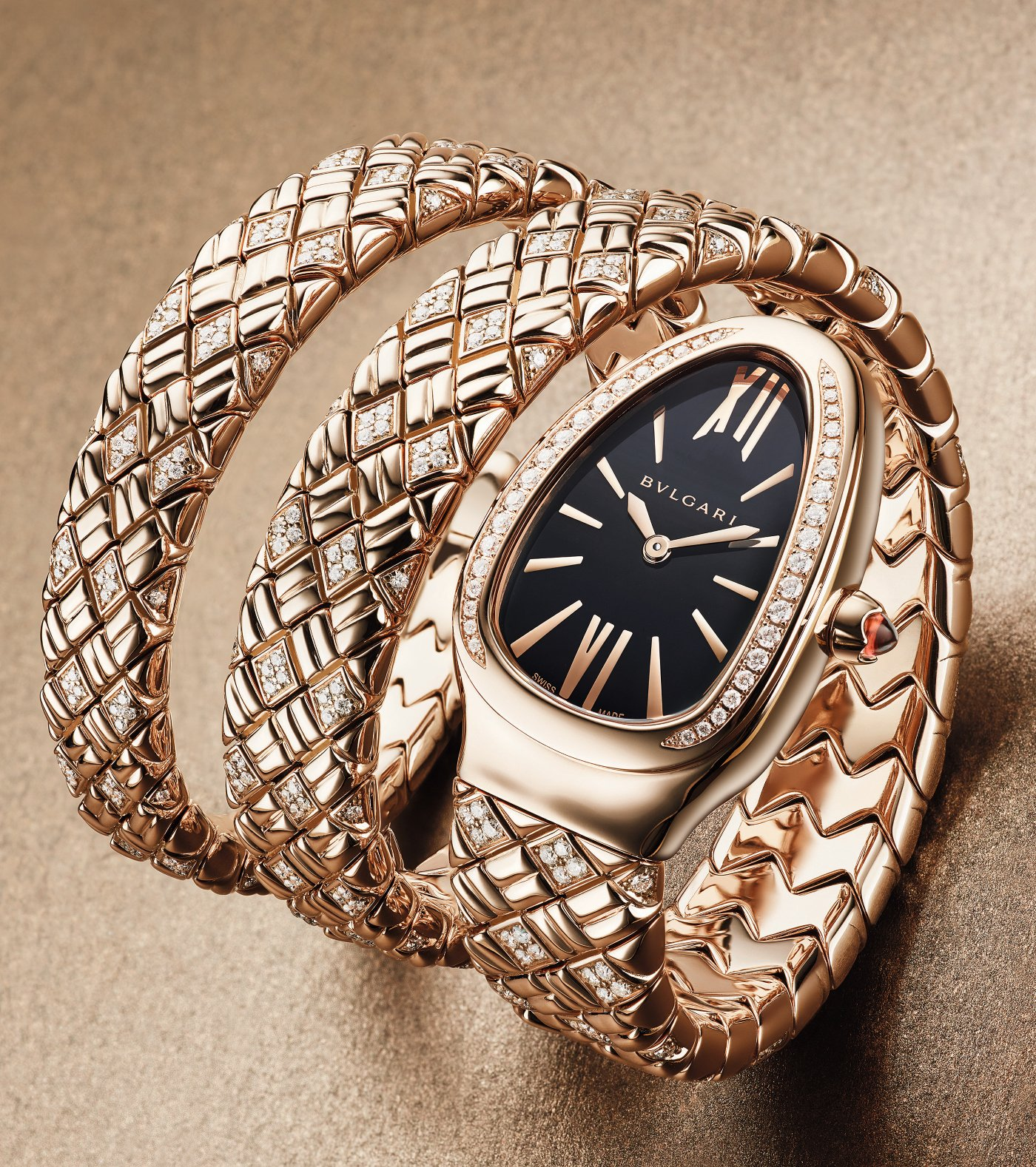 bulgari_serpenti_spiga_gold_and_black_-_europa_star_watch_magazine_2021