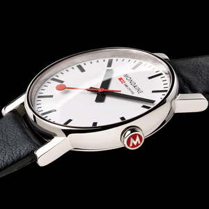 MONDAINE Official Swiss Railways Watch Evolution