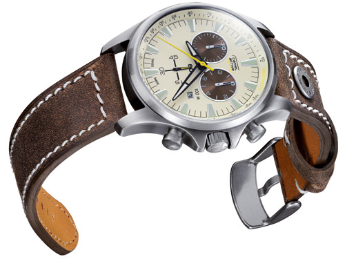 AVIATOR CHRONO de Camel Active