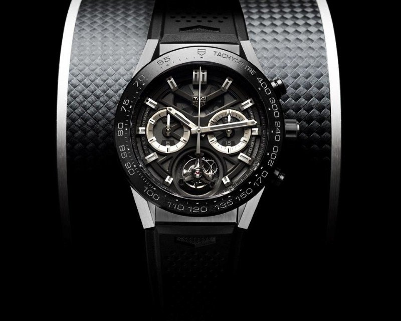 El tourbillon asequible: TAG Heuer CARRERA Heuer-02T